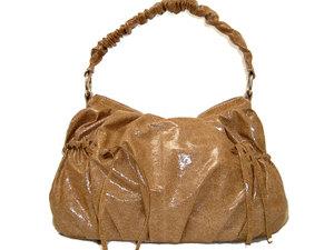 クシュクシュハンドルのセトルバッグ
