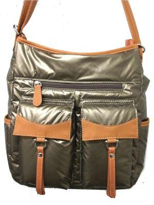 ナイロンデイパック&ショルダーの2Wayポケットいっぱいバッグ