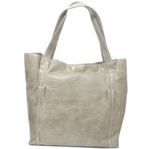 豚革トート シックなカラーが大人のバッグ。