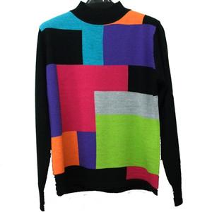 カラーブロッキングハイネックセーター
