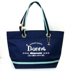 イタリアの自転車メーカーのBianchiのバッグ