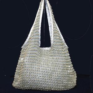キラキラ輝くラインストーン編み込みショルダー